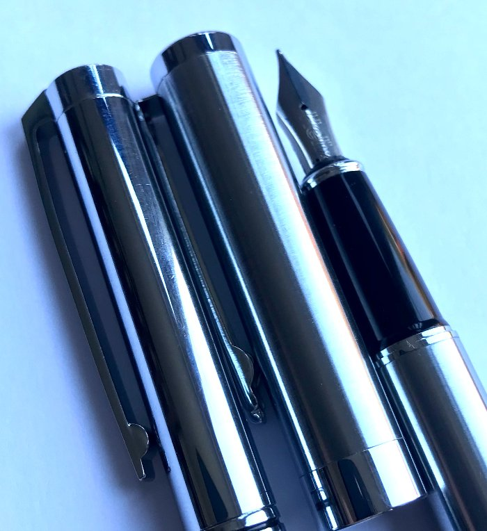 is a Fountain Pen Suitable for Drawing?